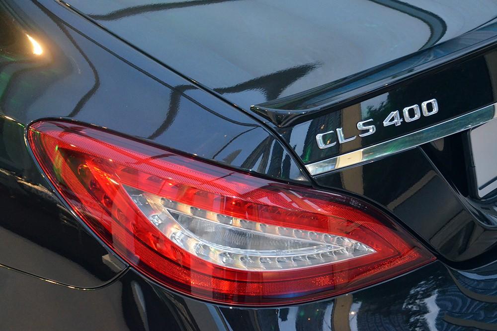 Xe Mercedes Benz CLS400 All New màu đen 05