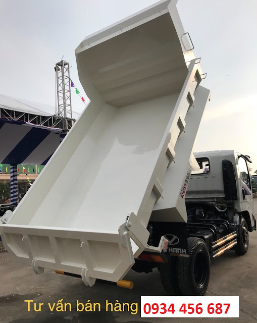 Thùng ben isuzu 2 tấn IZ65s đóng theo kiểu thùng đúc dễ dàng đổ ben