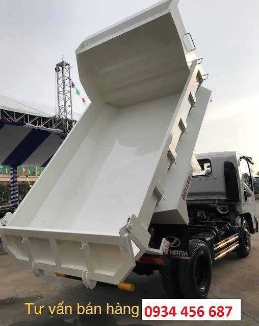 Thùng ben  2 tấn IZ65s đóng theo kiểu thùng đúc dễ dàng đổ ben