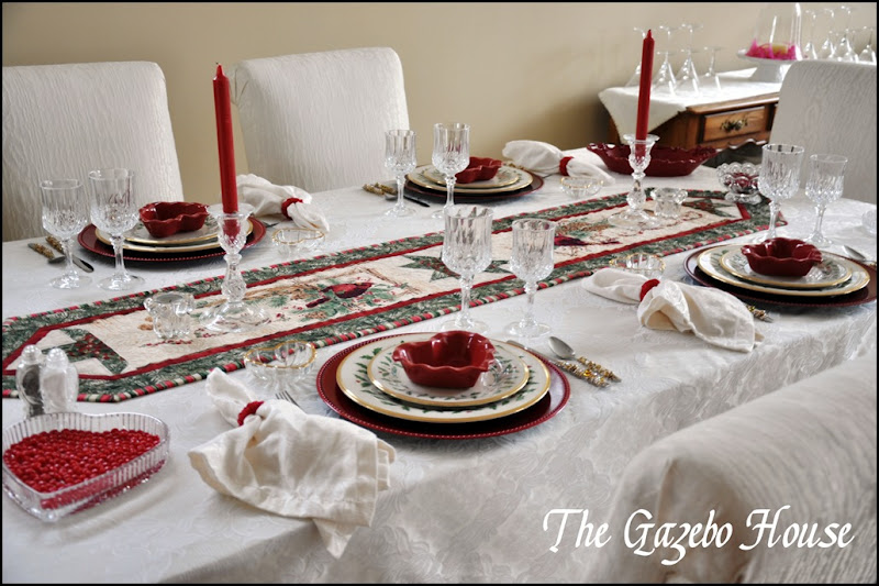 Valentines table & backers rack 021