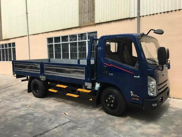 Xe tải 2.5 tấn IZ65 thùng lửng thế hệ cabin mới