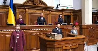 Bài phát biểu đầu tiên của tổng thống Ukraina Zelensky – những điểm nhấn