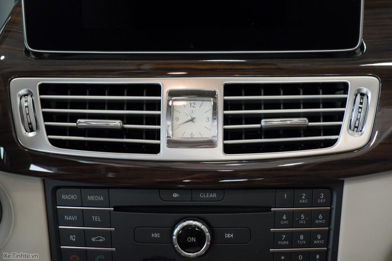 Xe Mercedes Benz CLS500 New Model màu trắng 024