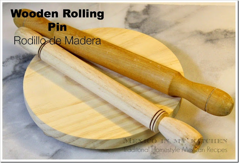 Traditional Mexican Cooking utensils │ rolling pin, rodillo de madera