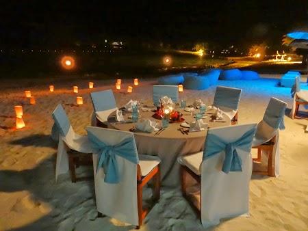 Masa pe plaja