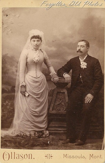 Cabinet Card Weddin in Montana DL Antiques