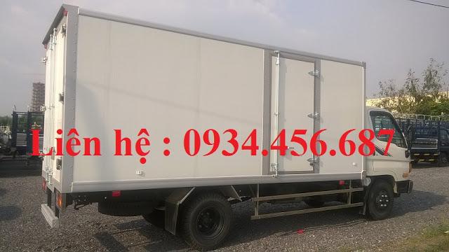 Xe tải Mighty Hyundai 110s thùng đông lạnh