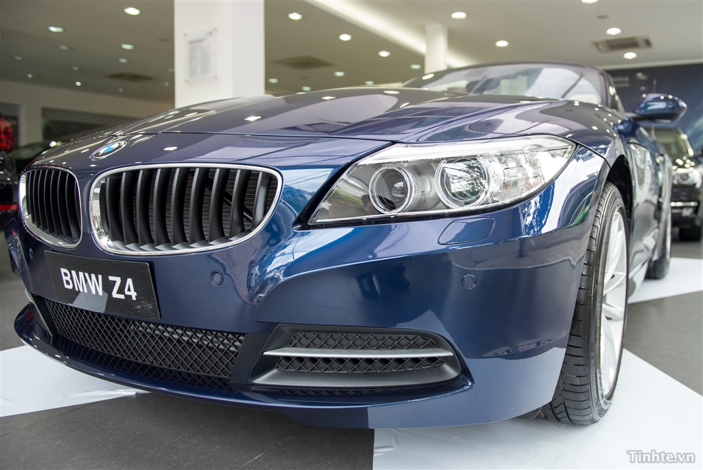 Xe BMW Z4 20i sDrive 02