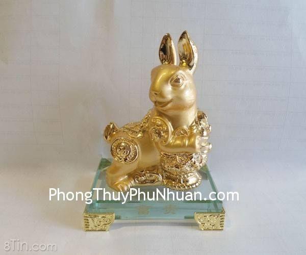 Thỏ vàng ôm giỏ tiền nhỏ, thủy tinh – phú quý –