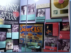 9476 Nashville, Tennessee - Discover Nashville Tour - Ryman Auditorium - Johnny Cash & June Carter display