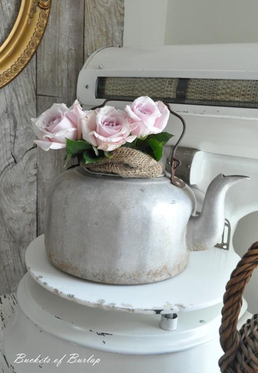 breakfast nook teapot