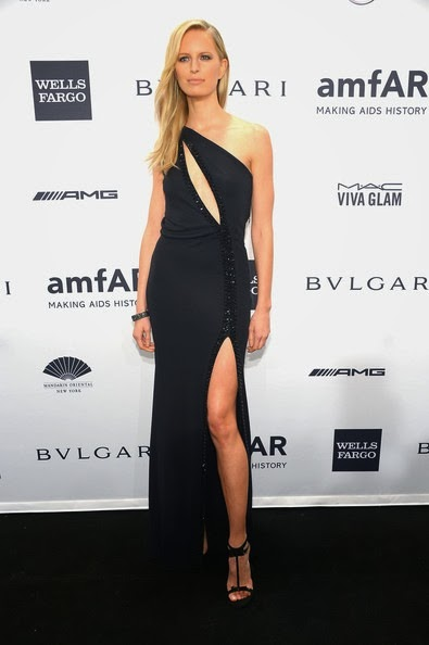 Karolina Kurkova attends the 2014 amfAR New York Gala