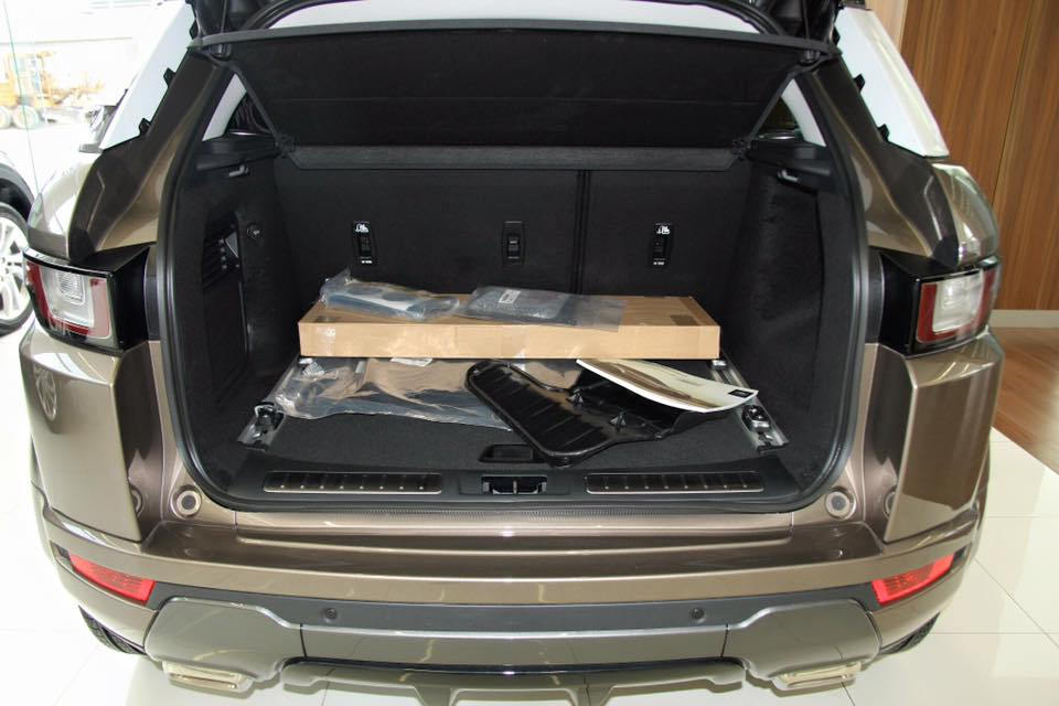 Nội thất xe Range Rover Evoque 08