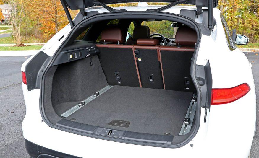 Nội thất xe Jaguar F Pace new model 012