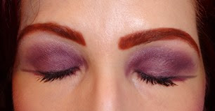 The Inspiration Eyeshadow Duo_Eyes Closed
