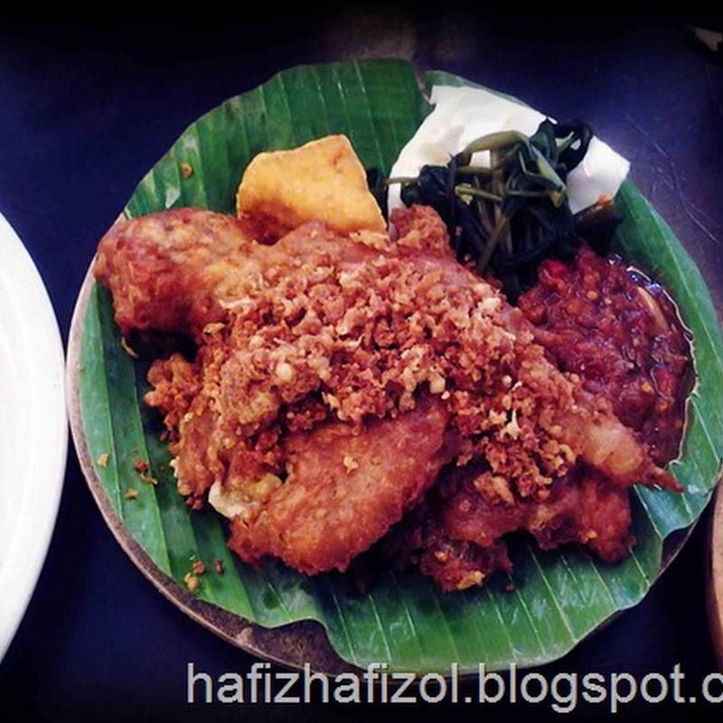 Ayam Penyet Ria Cyberjaya