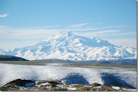 Mount_Elbrus_May_2008_thumb
