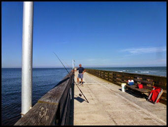 00i - Fort Clinch SP - Fishing from the .5 mile fishing pier