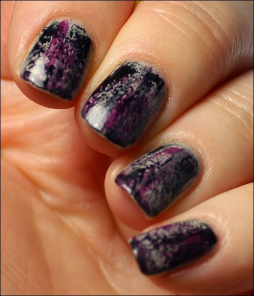 Grunge Nail Art Nageldesign Distressed Nails 04