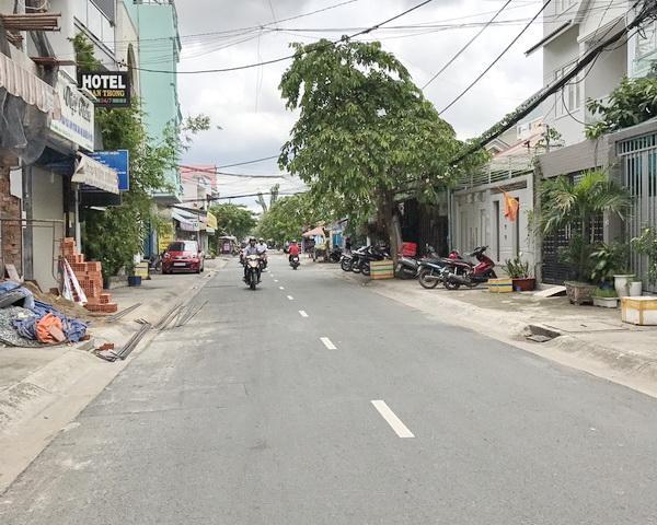 Bán nhà hẻm một sẹc đường Lý Thánh Tông Quận Tân Phú 01