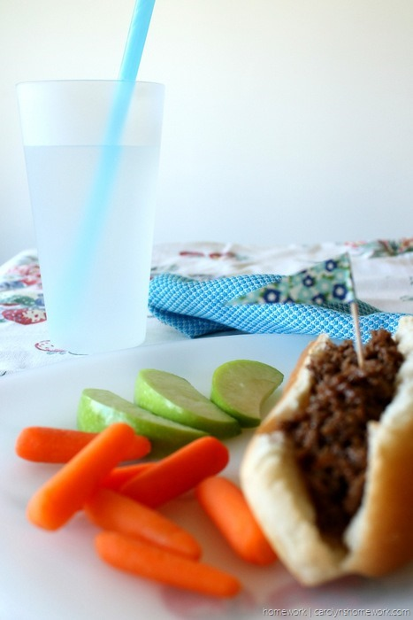 Sloppy Dogs {Sloppy Joe Dogs} via homework - carolynshomework (6)