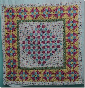 Going Dotty Medellion Friendship quilt.