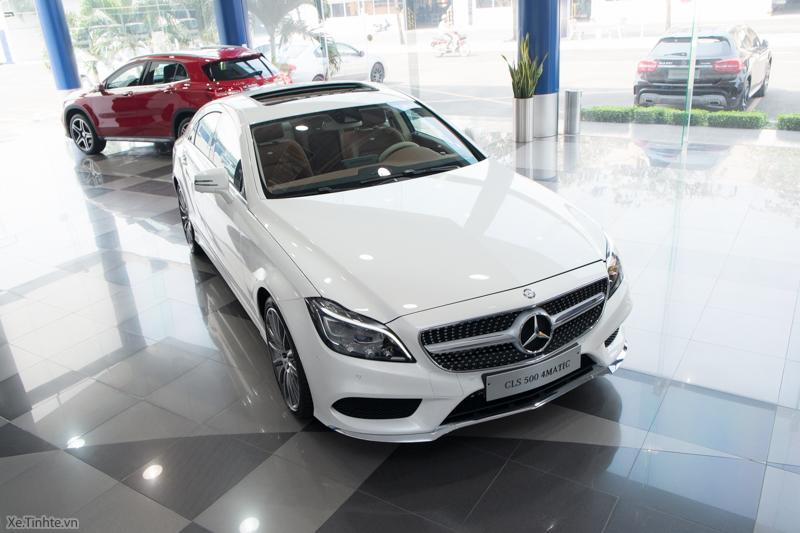 Xe Mercedes Benz CLS500 New Model màu trắng 02