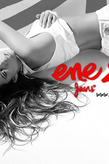 Catalina Otalvaro Ene2 Jeans Foto 25