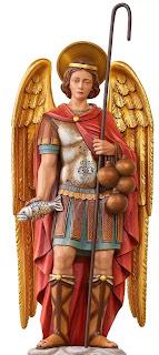 Các tượng ảnh về vị tổng lãnh thiên thần này thường có cả con cá đi kèm