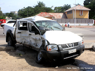 Un véhicule accidenté sur le boulevard du 30 juin à Kinshasa. (Archives)