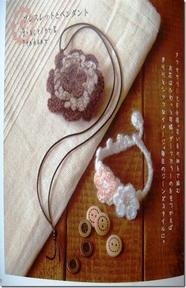 conjunto brazalete y colgante de crochet1