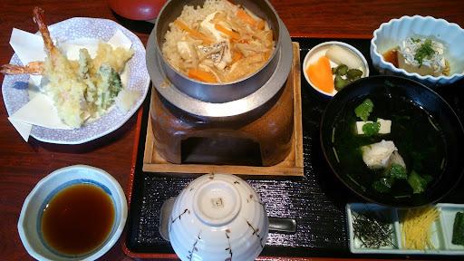 [写真]鯛釜飯