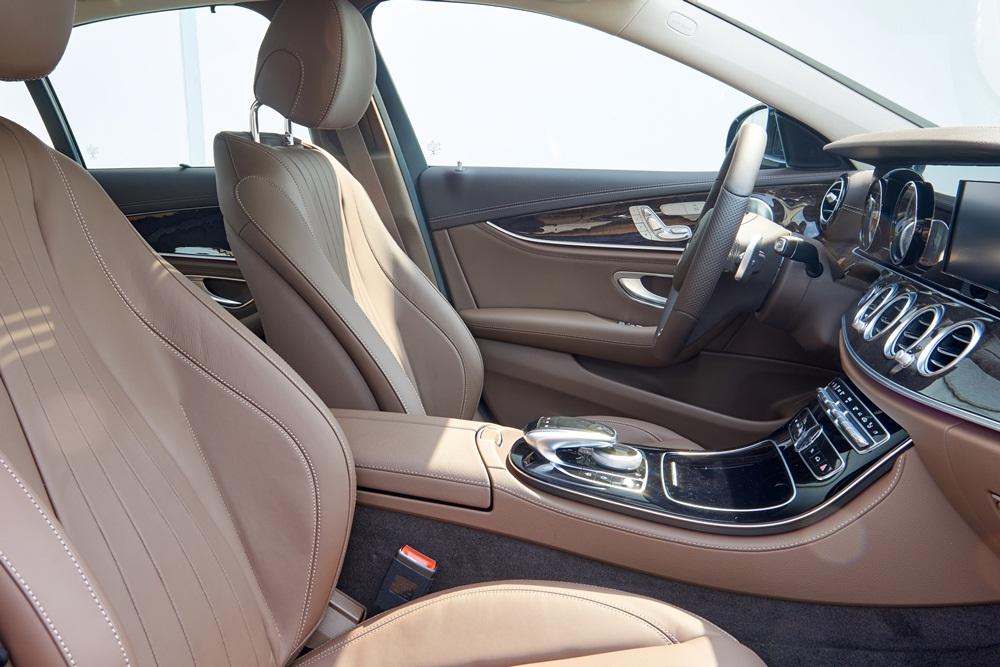Xe Mercedes Benz E250 AMG Thế Hệ Mới 011