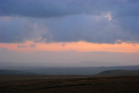 DUSK ON INGLEBOROUGH