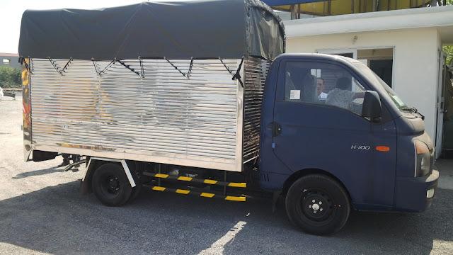 Xe Hyundai 1 tấn thùng bạt