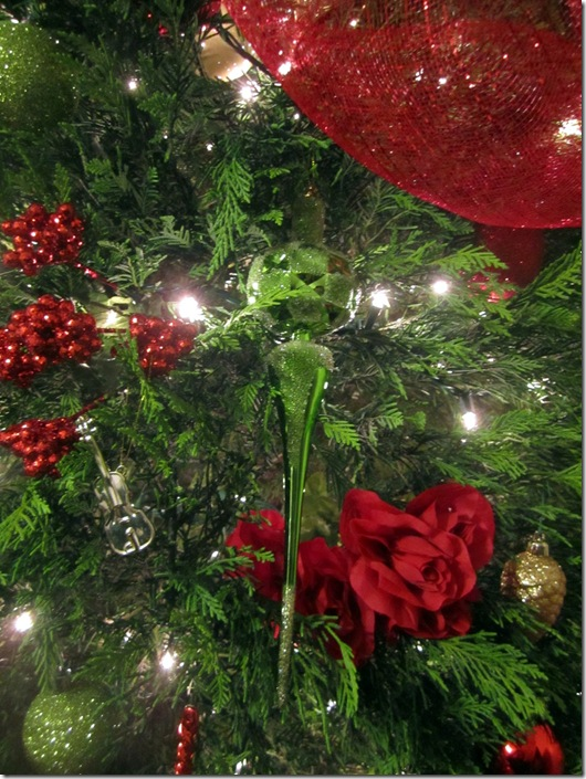 Christmas Tree  with Roses
