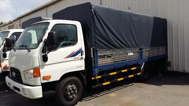 Hyundai 4,5 tấn thùng bạt