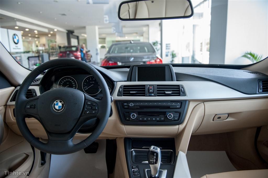 Xe BMW 320i GT 05