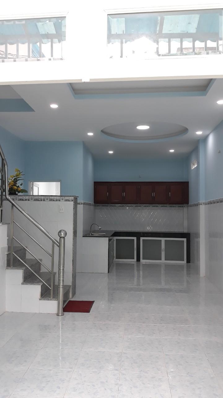 Bán nhà 1 trệt 1 lầu, diện tích 42,8 m2 hẻm 1 sẹc rộng 2 mét, giá 2,75 tỷ.1