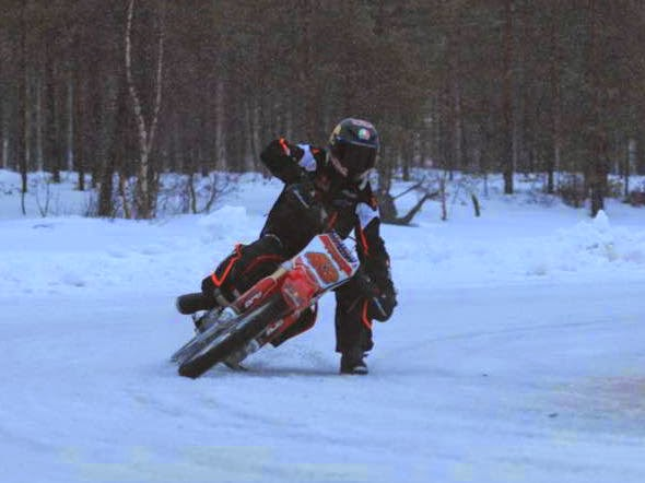 bikeracing-motogp2.jpg