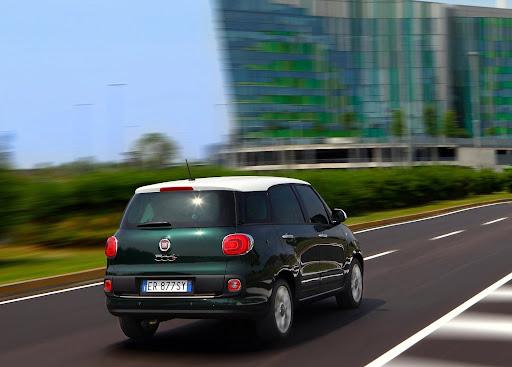 Yeni-Fiat-500L-Living-2014-4.jpg