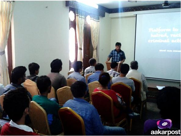 ujjwal-acharya-presenting-social-media-at-socail-media-day-2012