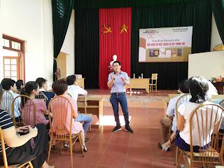 Nhà nghiên cứu Nguyễn Quốc Vương chia sẻ tại tọa đàm