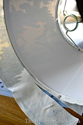 how to cover lamp shade with fabric