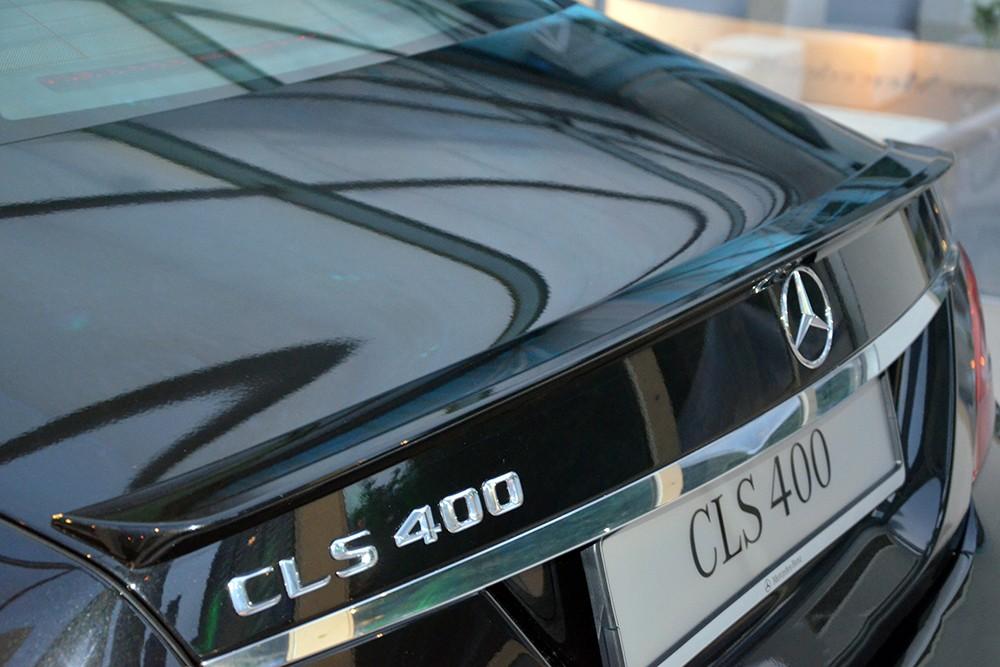 Xe Mercedes Benz CLS400 All New màu đen 06