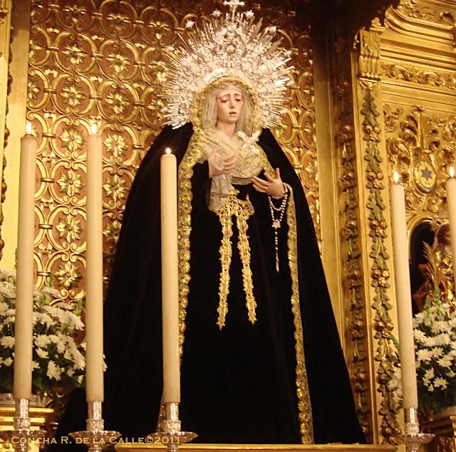 Virgen de la Estrella  de luto - Triana - Sevilla 1b.jpg