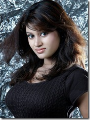 Tamil Heroine Oviya Latest Hot Photoshoot Pics