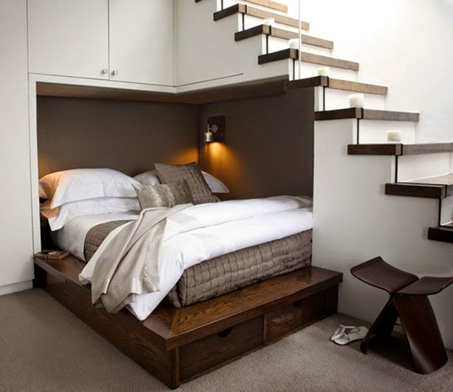 tận dụng gầm thang
