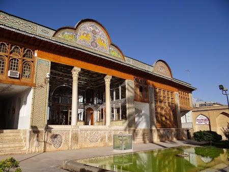 11. Palatul Narenjestan - Shiraz.JPG