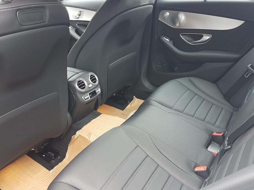 Xe Mercedes Benz C300 AMG New Model 011